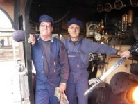 John Nunn (fireman - left) and Rod Giri (driver). 10/08/2008. J.Moorhead.